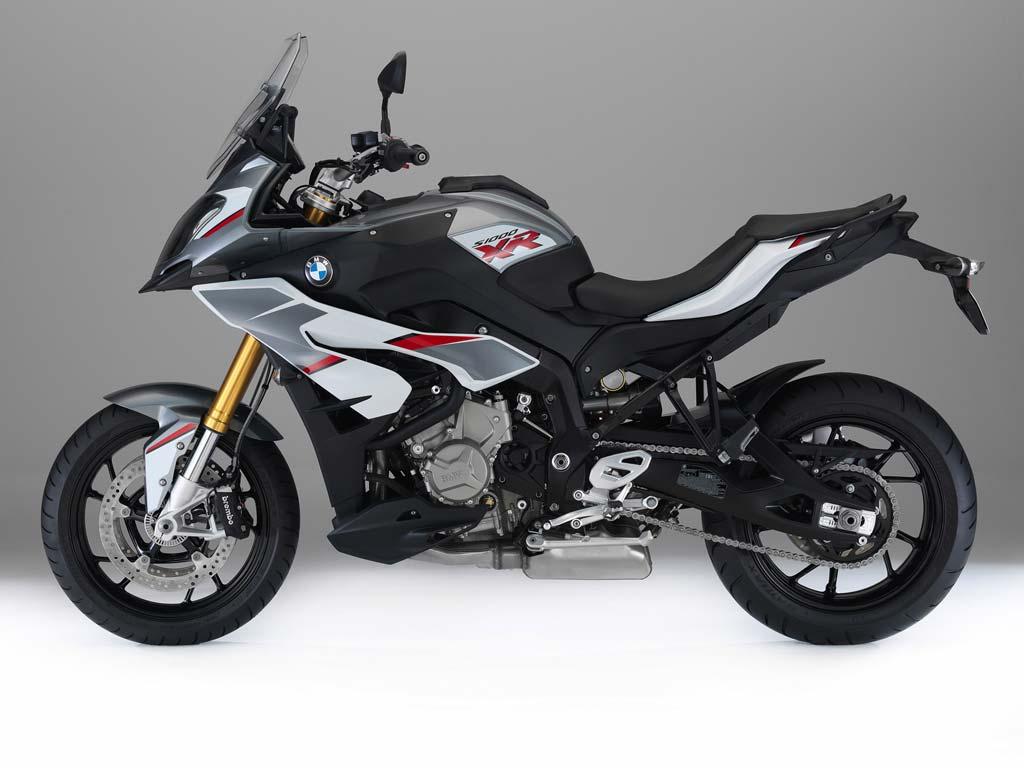 BMW S 1000 XR Motorrad-Vermietung im MOZ